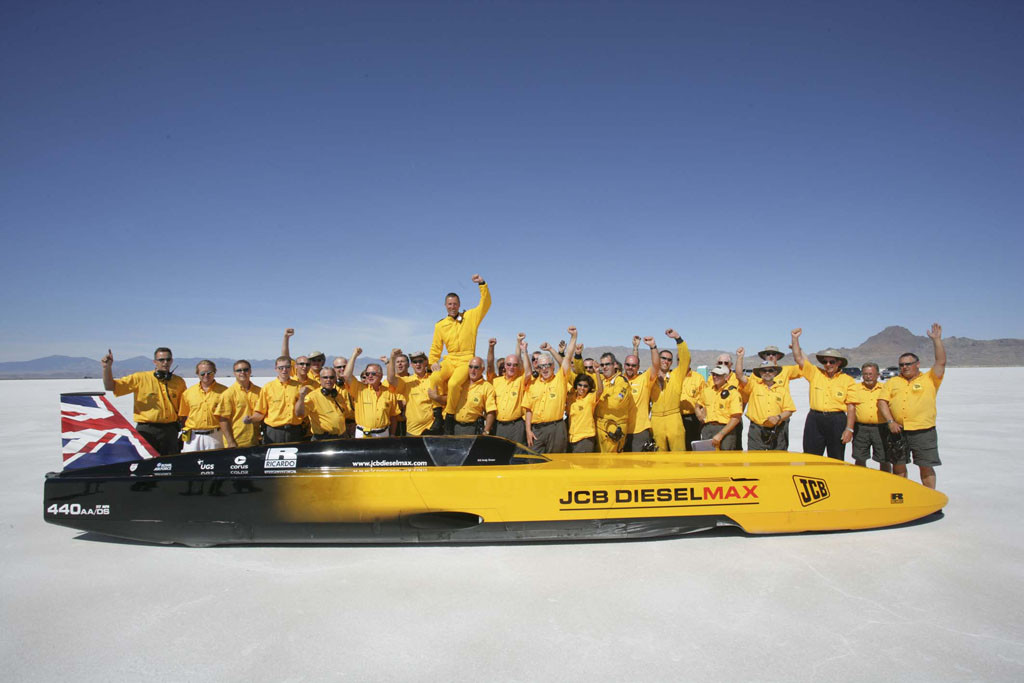 2_Flahsback to 2006 - celebrating the record on the Bonneville Salt Flats