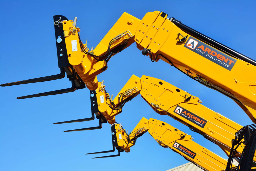 Ardent Hire Solutions has ordered 700 mnachines from JCB-2