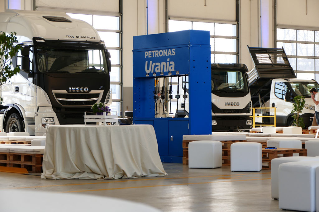 NUOVA TRUCK STATION IVECO